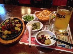 Chicken Teriyaki, Sides und das leben rettende Bier